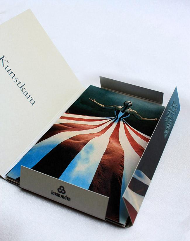Коллекционные открытки American Horror Story. 13 открыток в наборе. Жемчужная поверхность с призрачно-холодным отсветом. Размер открытки 10 х 15 см, подходят для отправки почтой